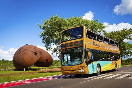 Ônibus turístico na Itaipu. Foto: Rubens Fraulini/Itaipu Binacional
