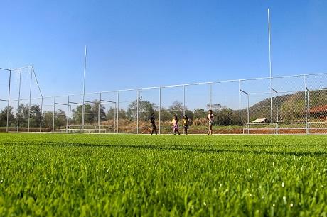 Campo de futebol na comunidade Añetete. Foto: Lígia Leite Soares/Itaipu Binacional