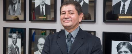 Novo diretor administrativo de Itaipu toma posse em Curitiba